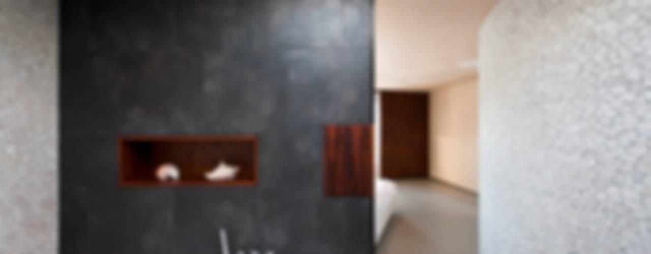 Villa Dalí:  Badkamer door 123DV Moderne Villa's,