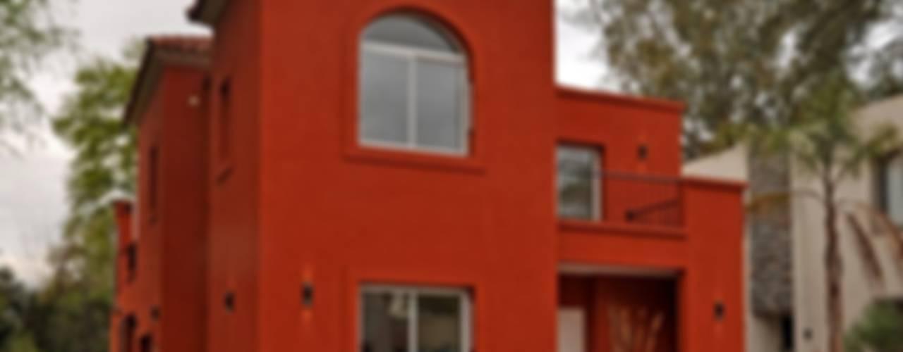CASA AP : Casas de estilo  por Desarrollos Proyecta