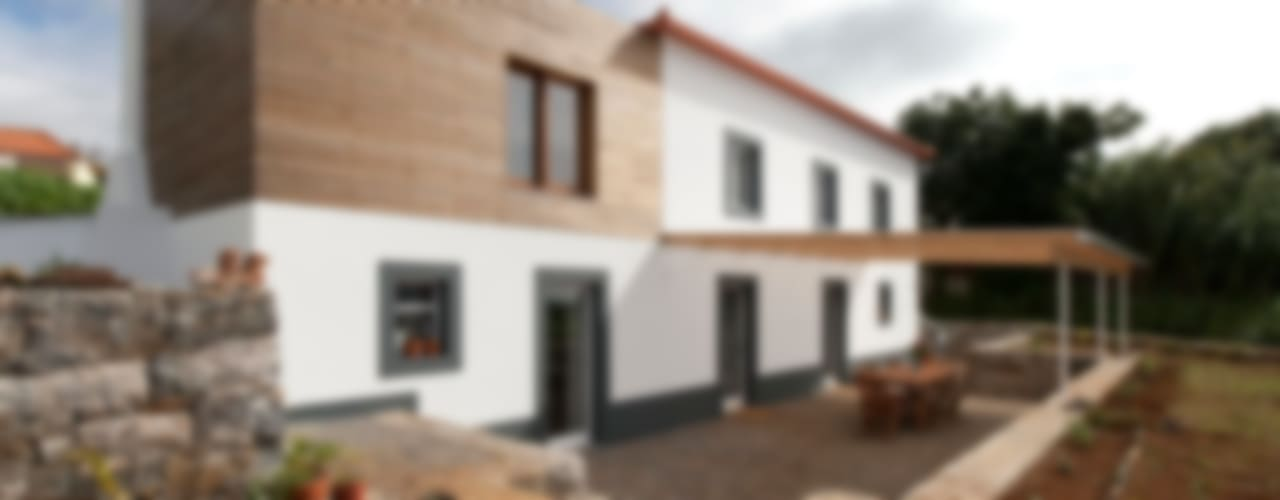 Quinta H   eco-remodelação  Madeira Casas rústicas por Mayer & Selders Arquitectura Rústico