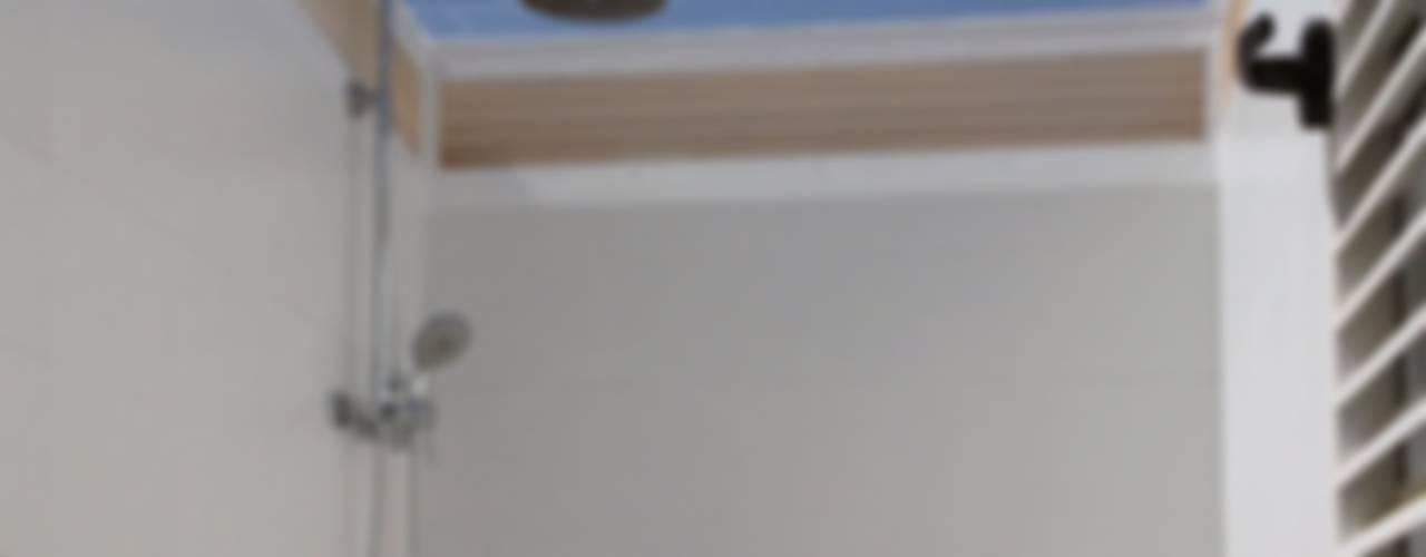 VIVIENDA UNIFAMILIAR EN BURRIANA (CASTELLÓN) de FONT ARQUITECTURA, INTERIORISMO E INTERACCIÓN Rústico