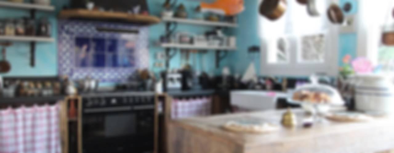 Orkun İndere Interiors:  tarz Mutfak