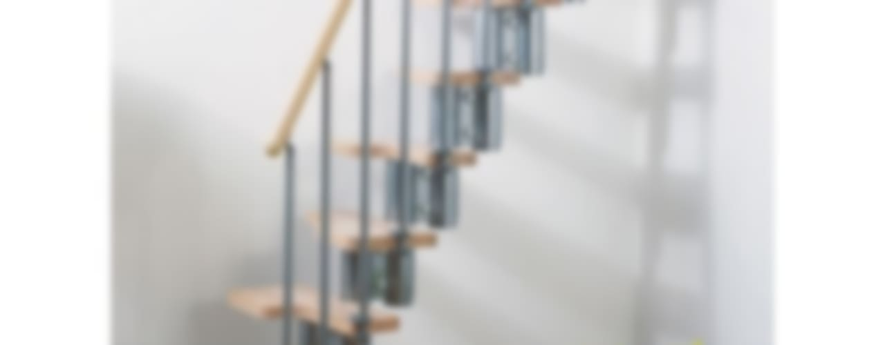 Stairs for small spaces: modern  by Fontanot, Modern