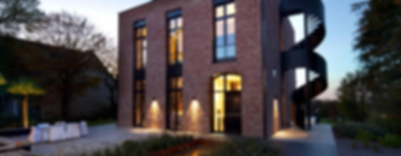 Innen-Und Aussenaufnahmen einer Villa im Privatgebrauch Moderne Häuser von SONJA SPECK FOTOGRAFIE Modern