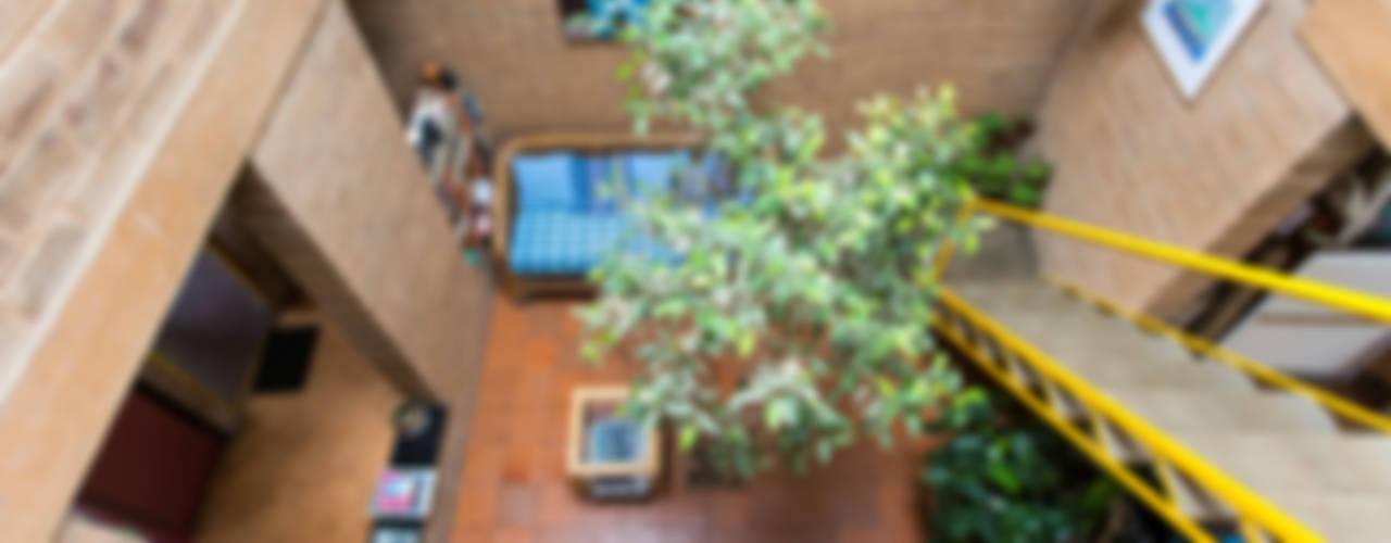 Casas de estilo  por Biome Environmental Solutions Limited
