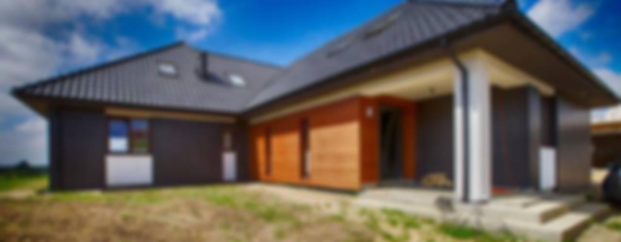 Casas de estilo  por Studio Projektowe Projektive