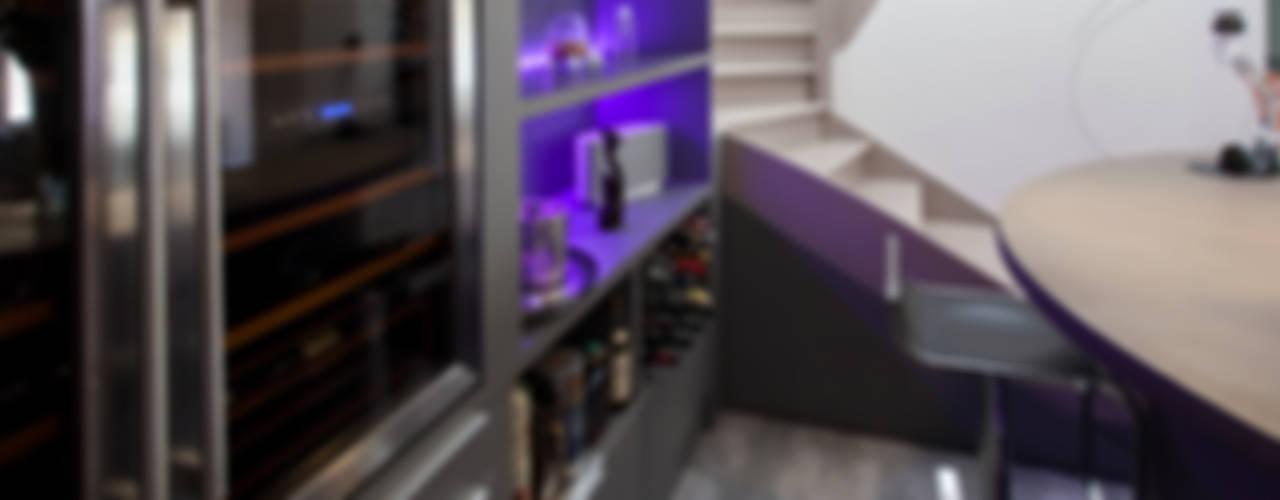 Espace Bar 2 Cave à vin minimaliste par ATELIER WM Minimaliste
