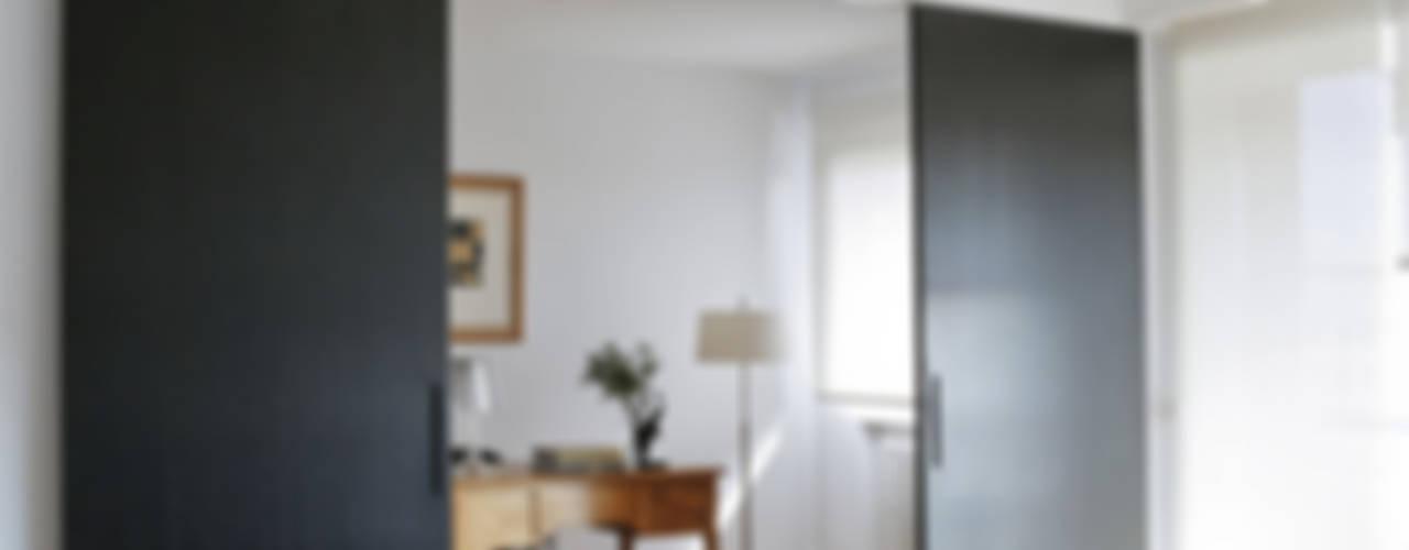 Salas de estilo minimalista de Interiorismo Paloma Angulo Minimalista