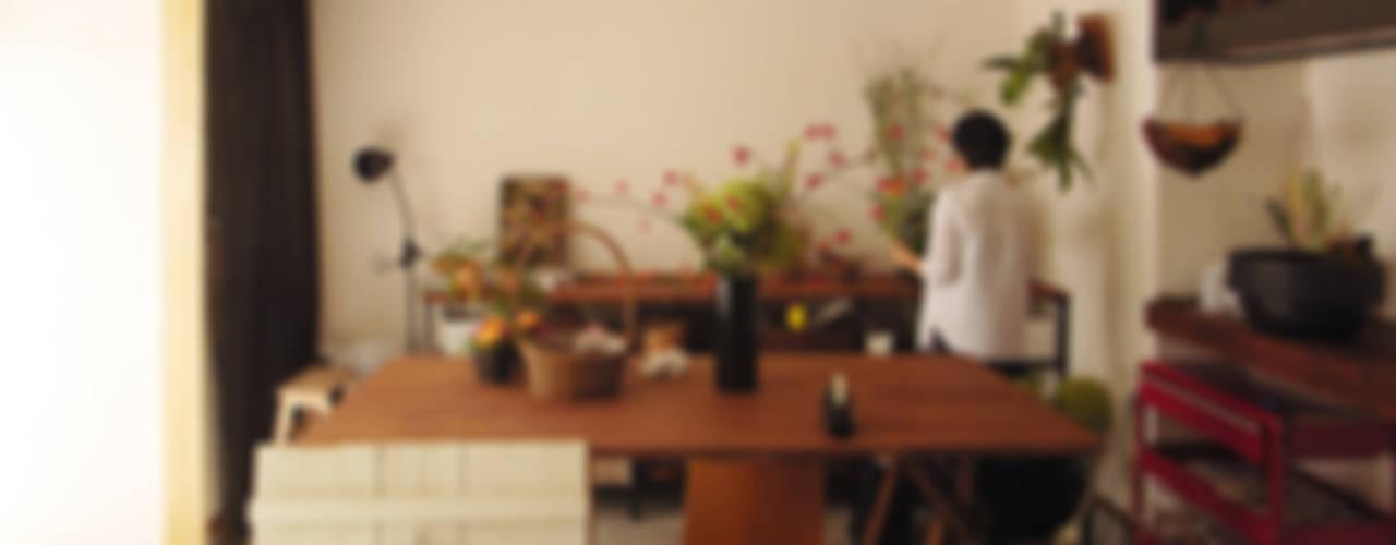 Interior design by 建築計画網・大系舎 一級建築士事務所