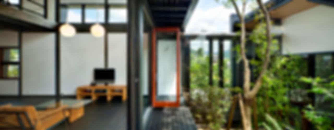아시아스타일 거실 by 石井智子/美建設計事務所 한옥