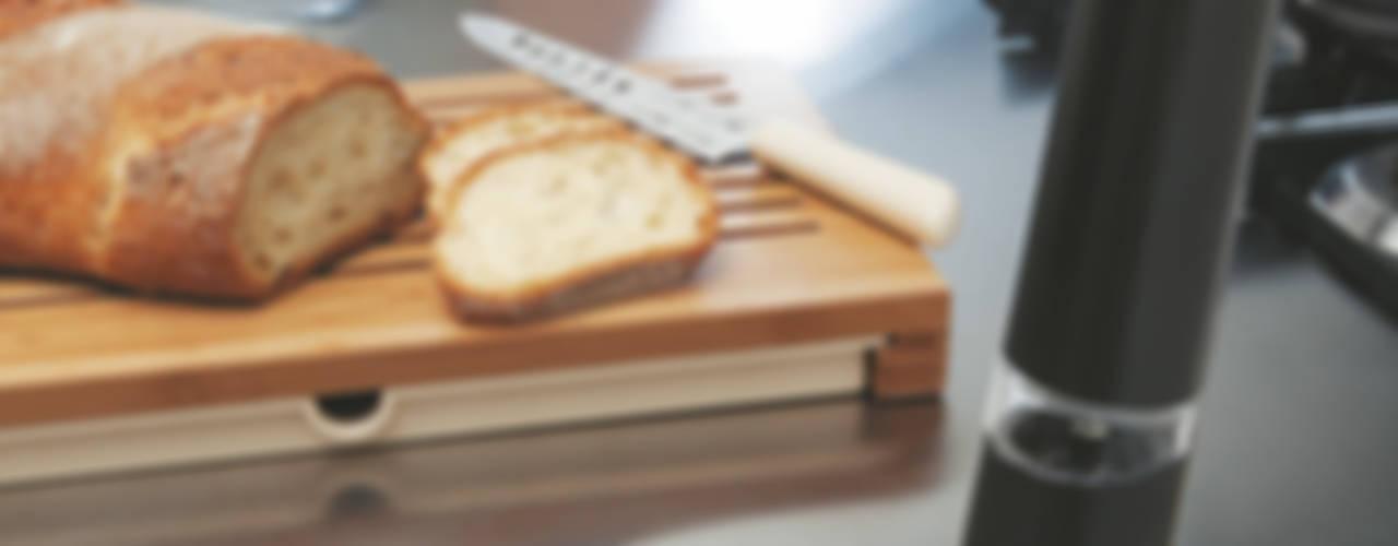 Savon du chef   Alessi: modern  door Studio Gooris Ltd, Modern