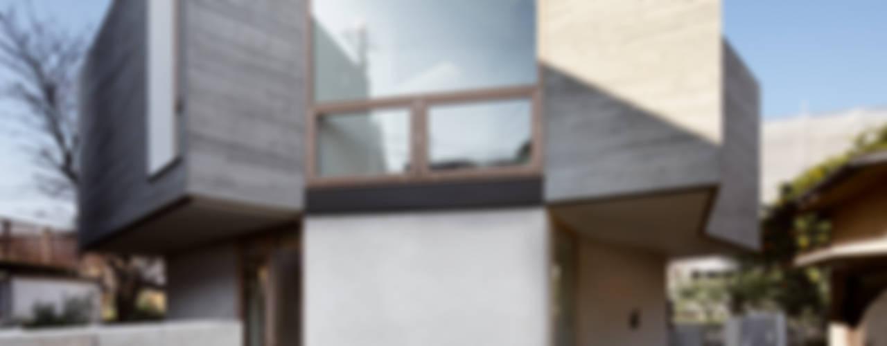 SHEERDROP: FUJII DESIGN STUDIOが手掛けた家です。,モダン