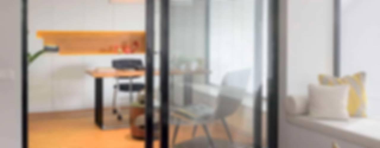 Modern Windows and Doors by HANDE KOKSAL INTERIORS Modern