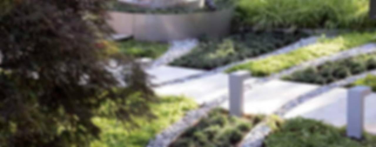 House E - E Evi Modern Bahçe HANDE KOKSAL INTERIORS Modern