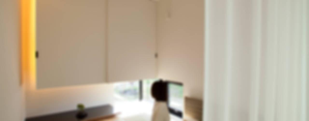 Black & White BOX 和風デザインの 多目的室 の 一級建築士事務所 Atelier Casa 和風