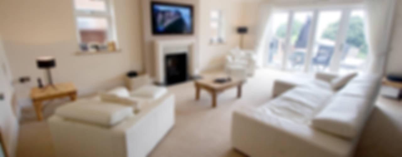 Essex House モダンデザインの リビング の Amina モダン
