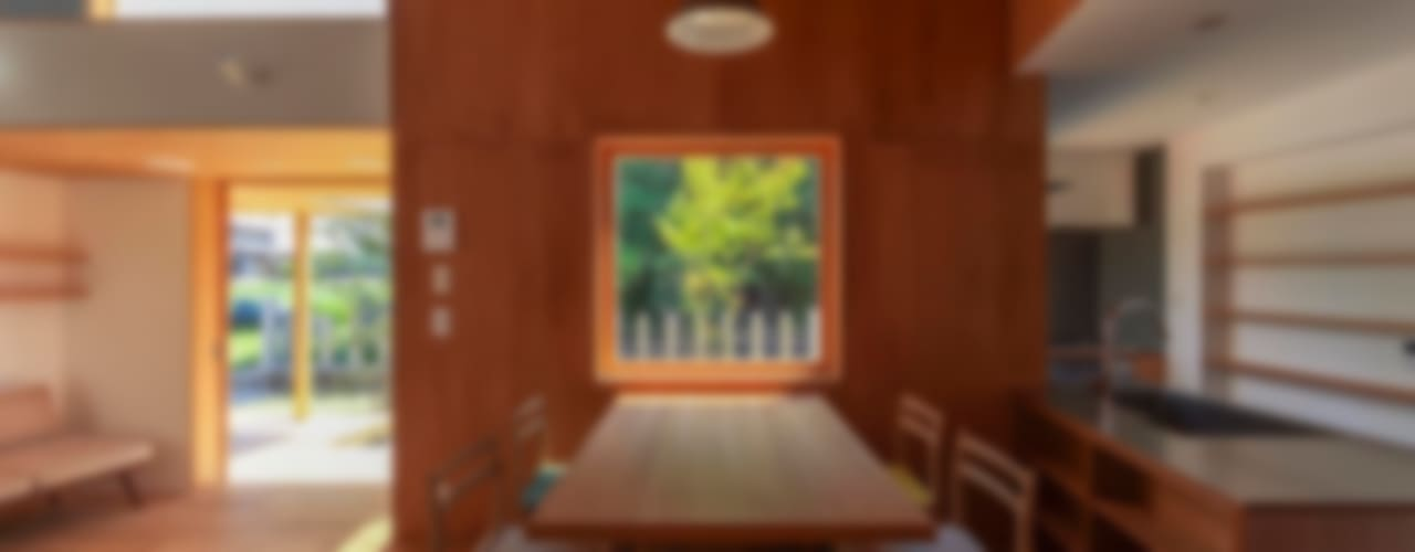 東員の住宅: 諸江一紀建築設計事務所が手掛けた折衷的なです。,オリジナル