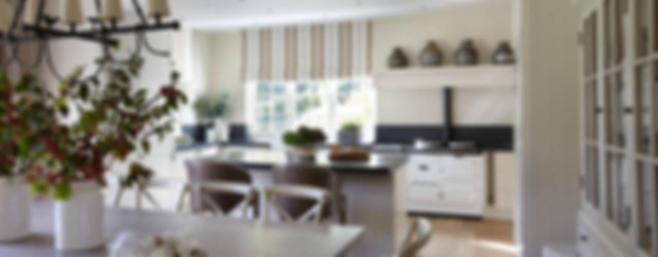 Country House, Hampshire Cocinas de estilo rural de Helen Green Design Rural