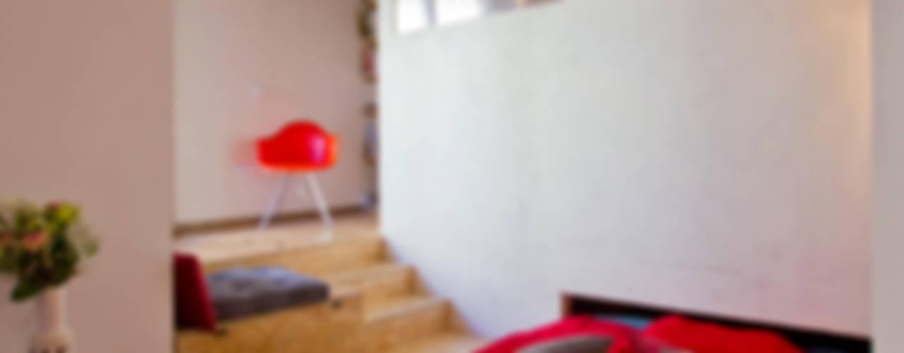 Eclectische woonkamers van Atelier RnB Eclectisch