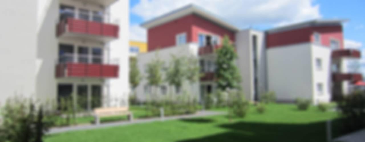 Wohnanlage mit 55 WE und Tiefgarage mit 39 Stellplätzen Moderne Häuser von aaw Architektenbüro Arno Weirich Modern