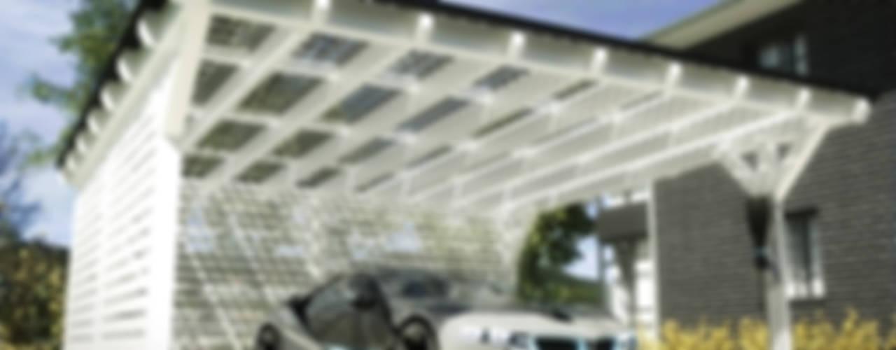 Solar-Glas-Carport: modern  von Solarterrassen & Carportwerk GmbH,Modern