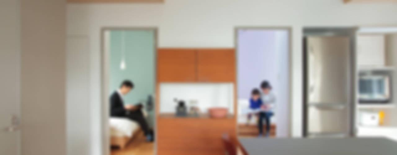 ダイニング+寝室+子供部屋: TATO DESIGN:タトデザイン株式会社が手掛けたダイニングです。
