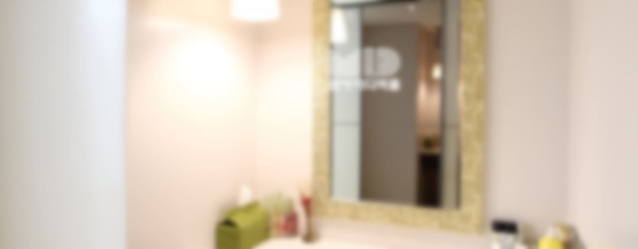 경기도 과천시 원문동 삼성래미안 슈르아파트 50평형: MID 먹줄의  드레스 룸
