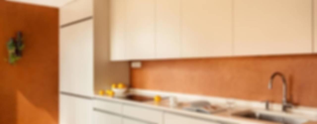 Moderne Küchen von ESTER SANCHEZ LASTRA Modern