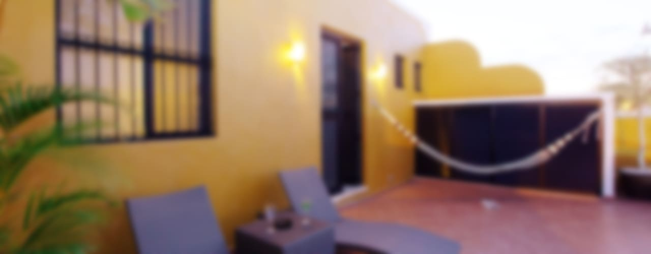 Casa de la Luz Arturo Campos Arquitectos Balcones y terrazas coloniales