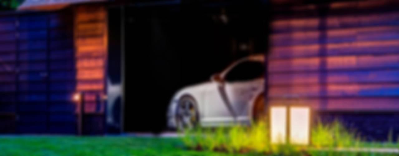 Woonvilla Blaricum:  Garage/schuur door Kabaz