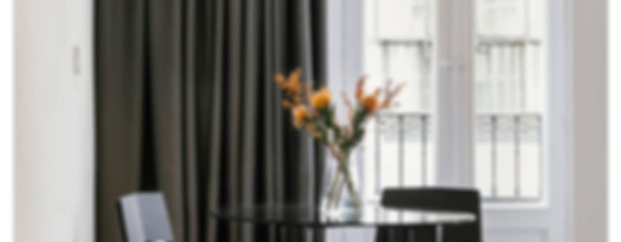 apartamento en dos alturas Salones de estilo industrial de MILL-HOUSE Industrial