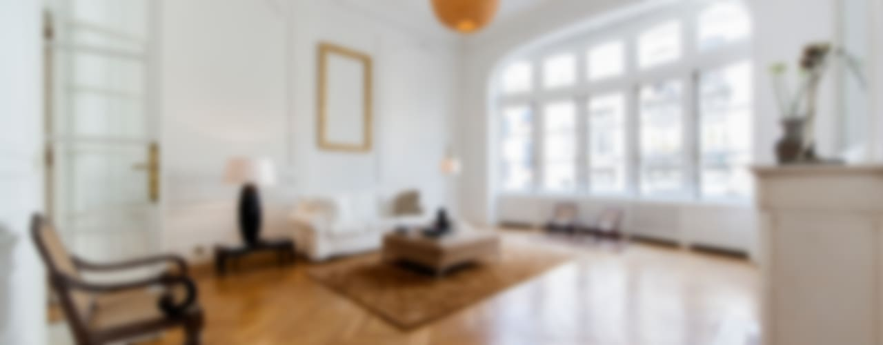 BRUSSELS HOME STAGING:  Wohnzimmer von edit home staging