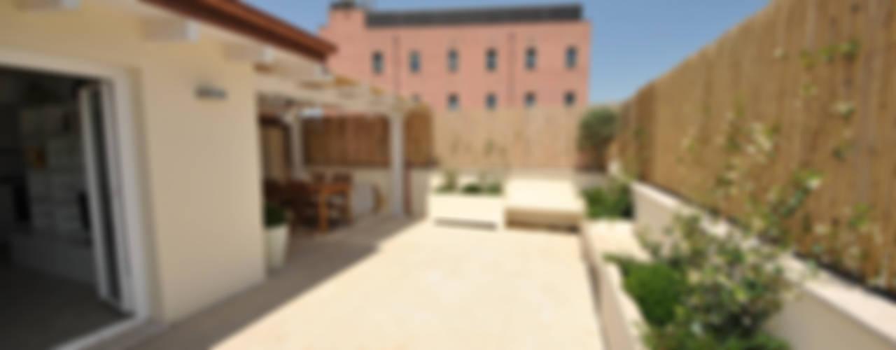 Formaementis Balcones y terrazas de estilo minimalista