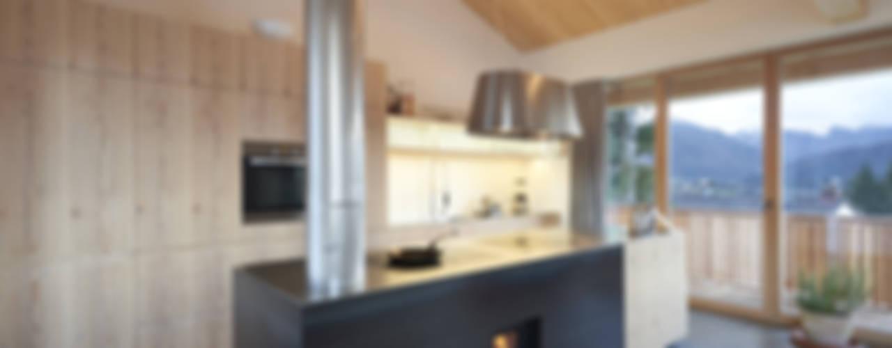 Cocinas modernas de peter glöckner architektur Moderno