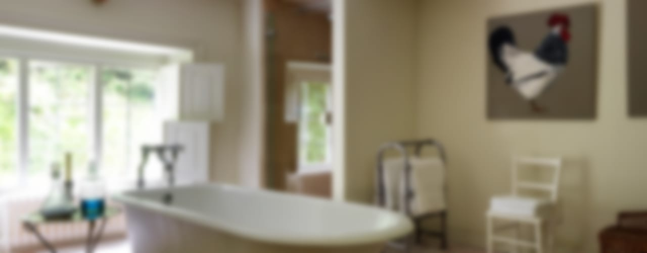 Country House, Gloucestershire Country style bathroom by Justin Van Breda Country