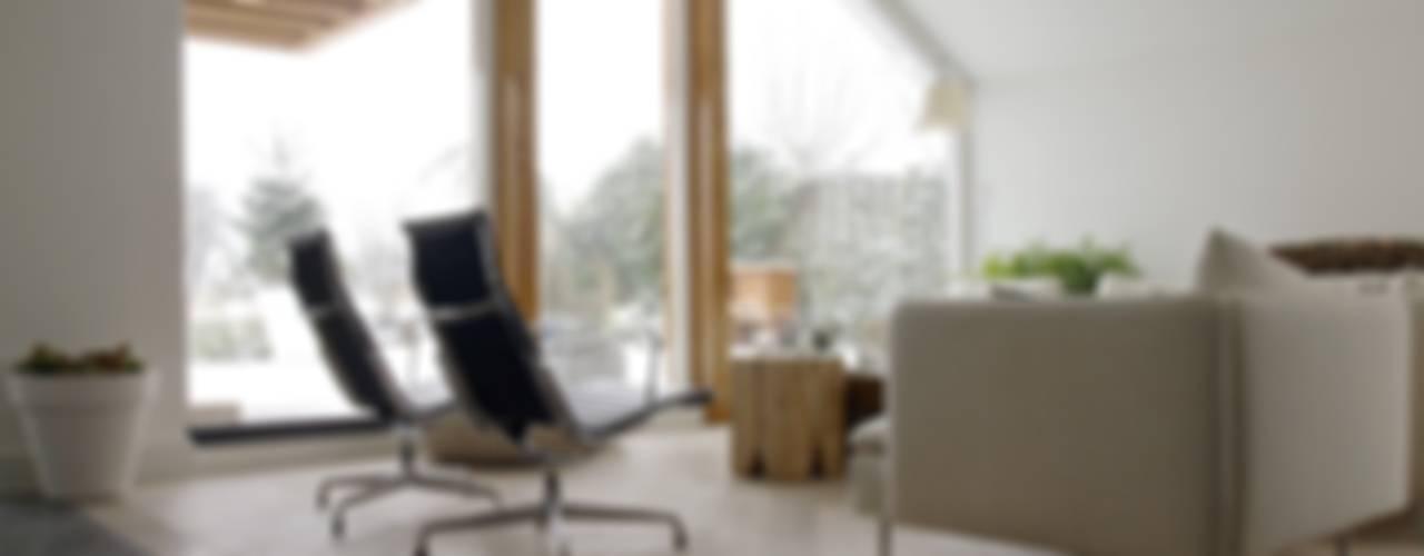 Woonhuis Weesp Moderne woonkamers van Frank Loor Architect Modern