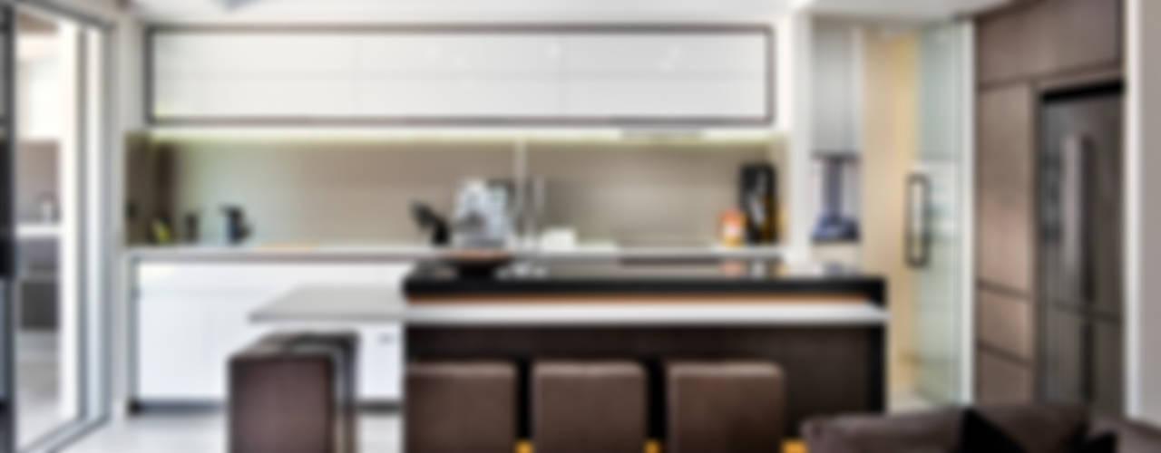 Menora Residence Moda Interiors Cocinas modernas: Ideas, imágenes y decoración