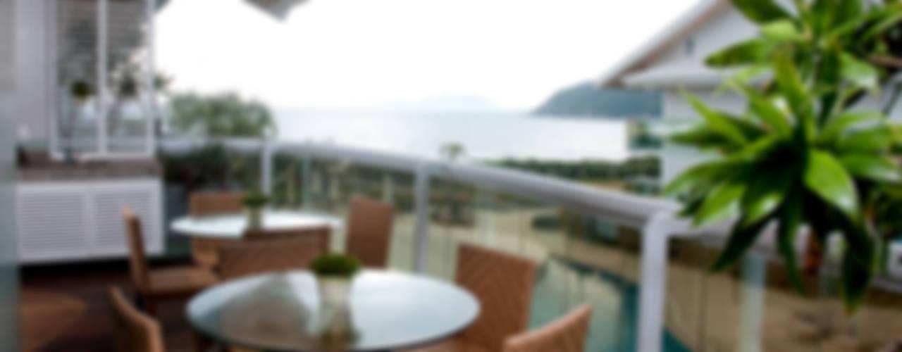 PRO INT APARTAMENTO LAGOINHA Varandas, alpendres e terraços ecléticos por ArchDesign STUDIO Eclético