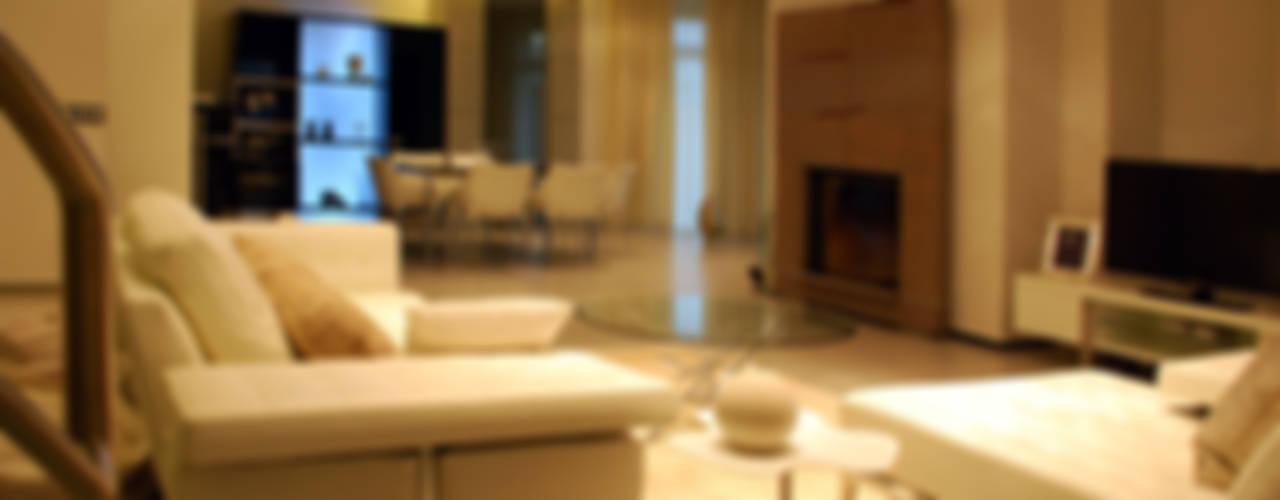 Дом в Ильино Гостиная в классическом стиле от Дизайн-студия «ARTof3L» Классический