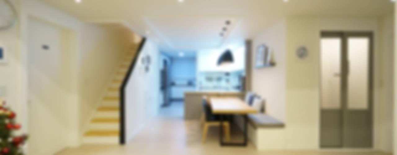 수완진아리채 3차 After: 유노디자인의  거실,북유럽