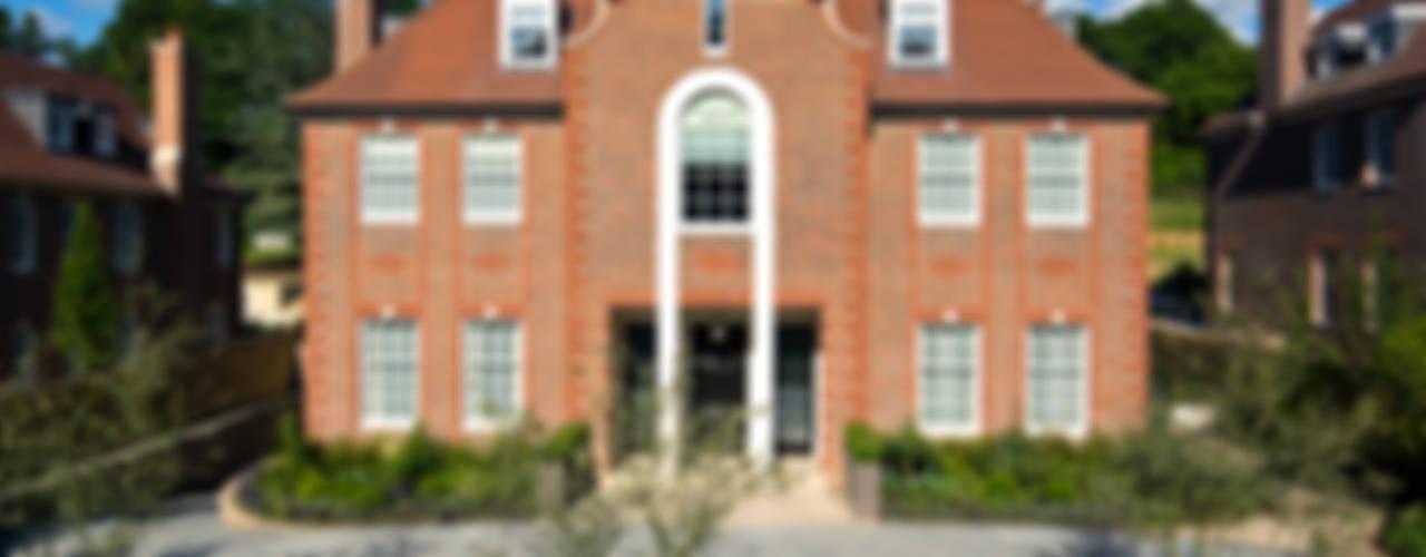 Suburban villa: Winnington Road Rumah Modern Oleh Wolff Architects Modern
