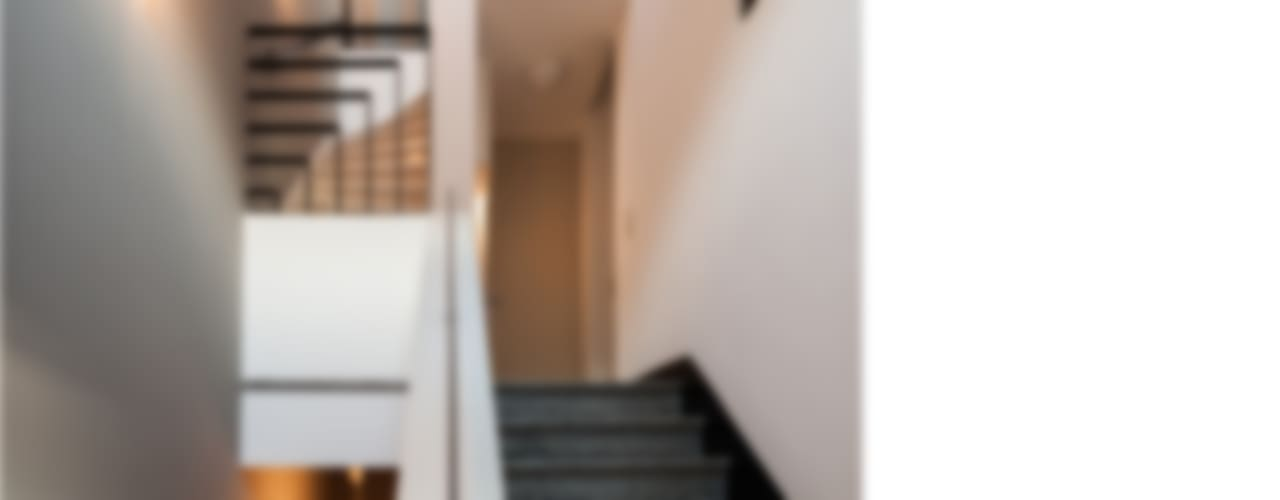 Koridor & Tangga Modern Oleh beissel schmidt architekten Modern