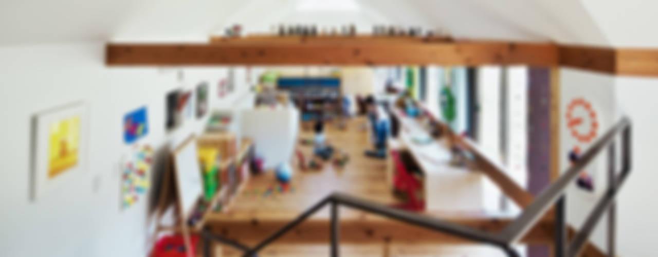 曲居 kyokkyo: UZUが手掛けた子供部屋です。,北欧