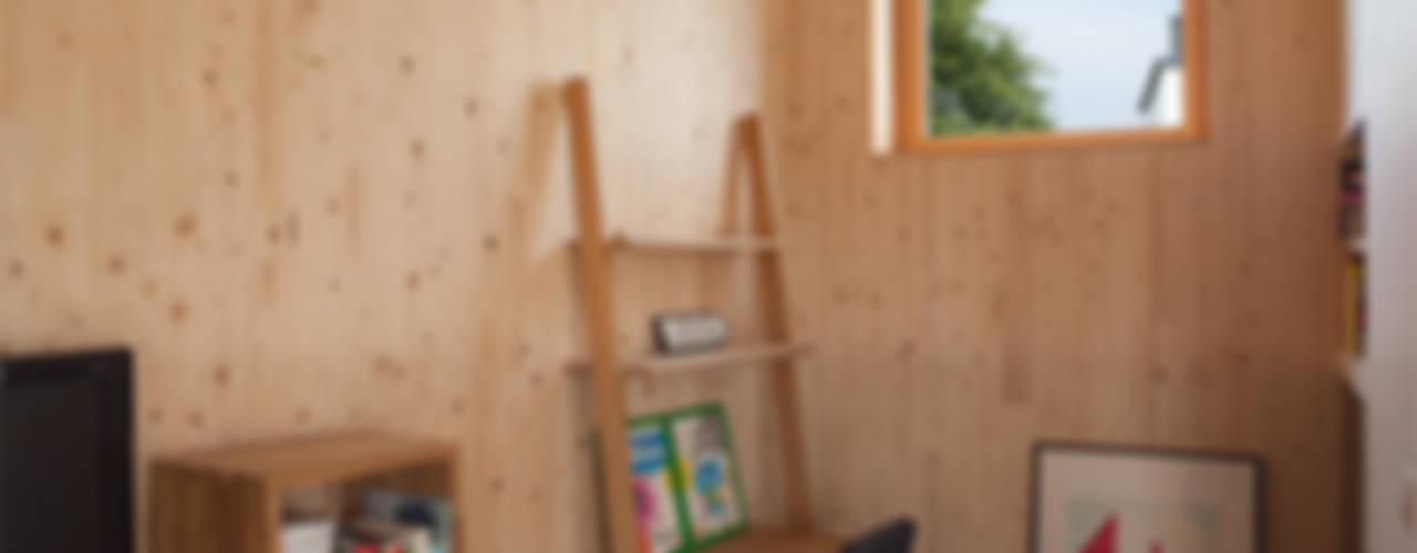 Comme un instrument de bois - maison MODU Bureau minimaliste par mfa - mélaine ferré architecture Minimaliste