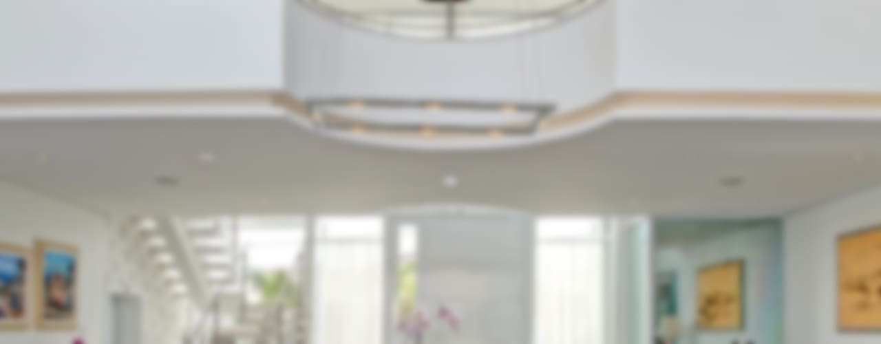 RESIDÊNCIA GF Salas de jantar modernas por Le Araujo Arquitetura Moderno