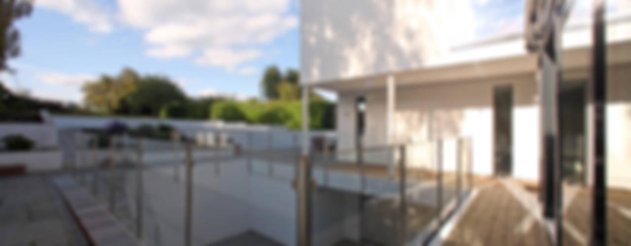 Terrace by Nicolas Tye Architects