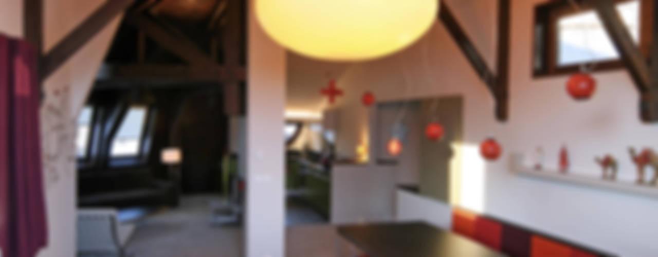 Projekty,  Jadalnia zaprojektowane przez Florine Burger Architecte, Nowoczesny
