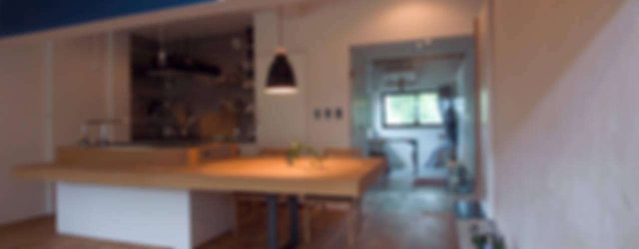 passage モダンデザインの ダイニング の 一級建築士事務所ageha. モダン