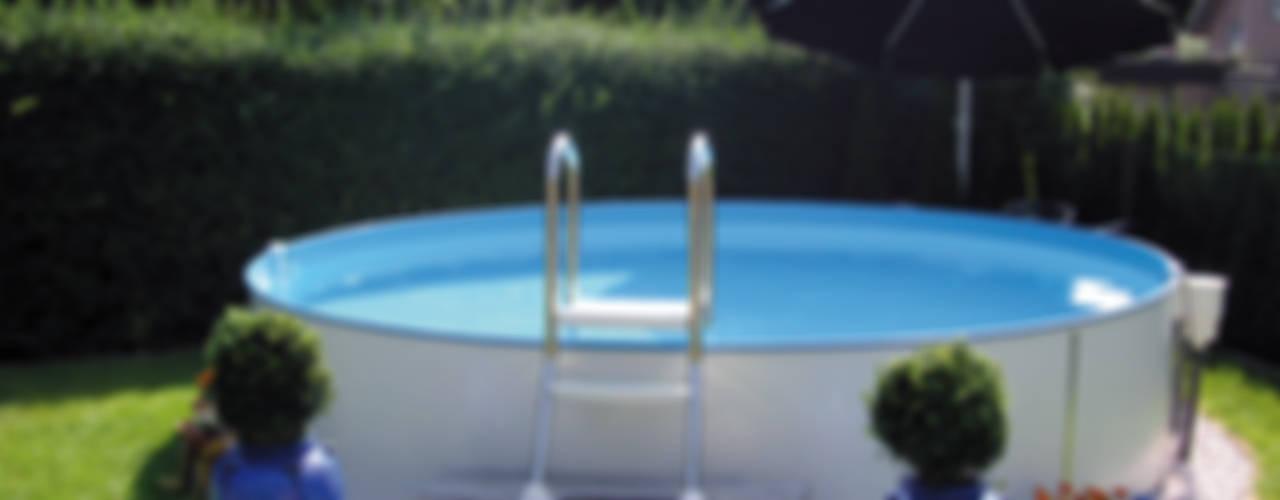 Albercas de estilo clásico por Pool + Wellness City GmbH