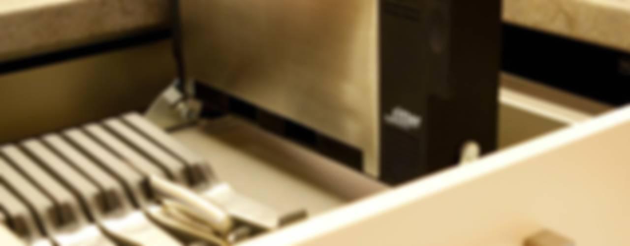 Settele Küche & Wohnen:  tarz ,