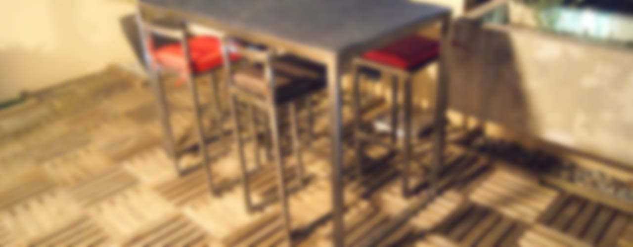 Table haute d'extérieur en Métal par Cb8design Industriel